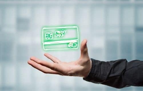 La tarjeta para comprar por internet más segura y sus 4 perseguidoras